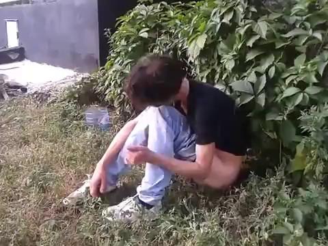 участковый полицай и пьяная тётя Марина.mp4 (Домашнее/Любительское) - скачать на мобильный телефон